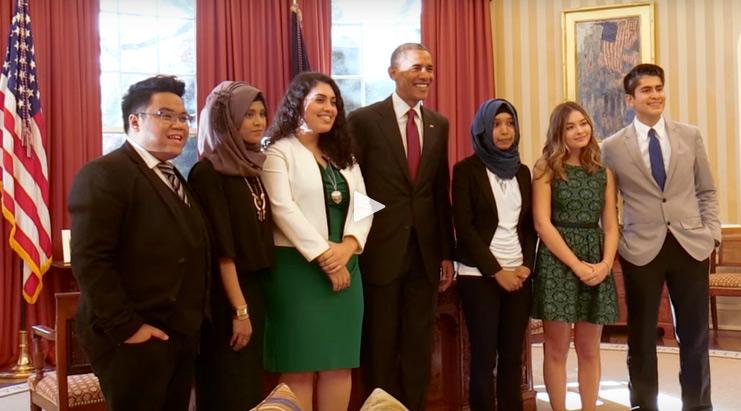Joseph Fortuno (far left) at the White House